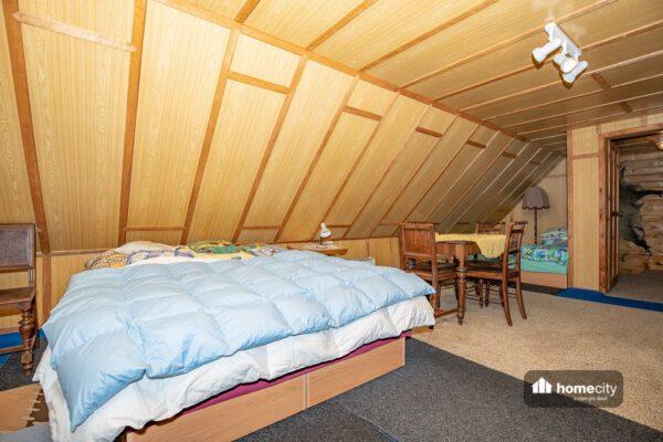 Dvoulúžková postel