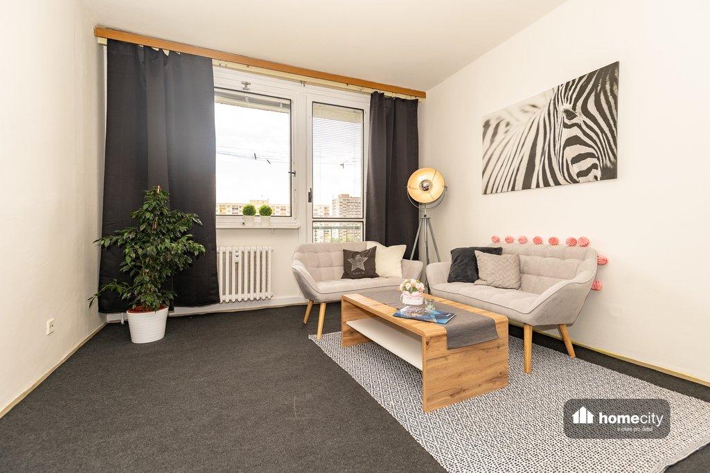 Obývací pokoj se sedací soupravou