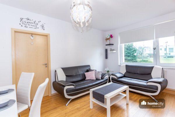 Obývací pokoj se sedačkami